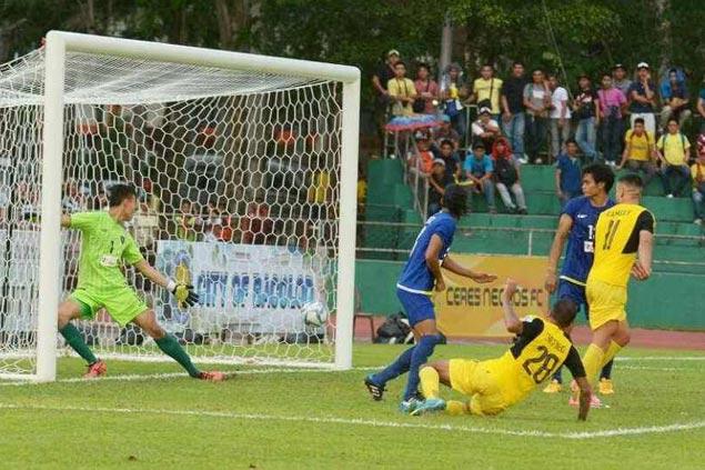 Jeffrey Christiaens nets late winner as Ceres Negros stuns Global Cebu in first 'Visayas Clasico'