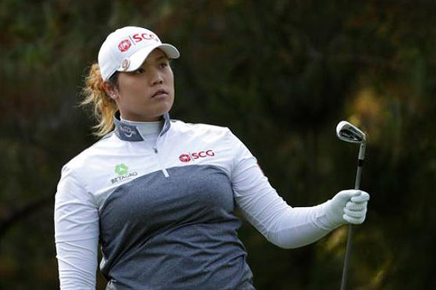 Ariya Jutanugarn wins as Lexi Thompson flubs two-foot putt on final hole of LPGA season finale
