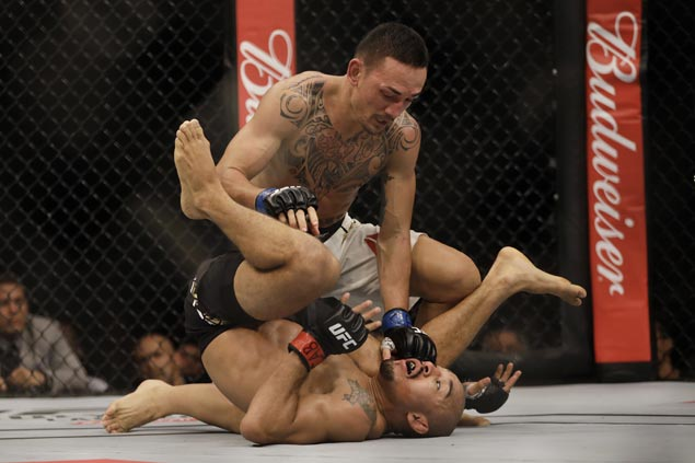 UFC featherweight king Max Holloway looking to repeat over Aldo in rematch to cement legacy