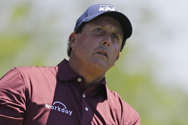 Phil Mickelson skipping US Open to attend daughter's high school graduation