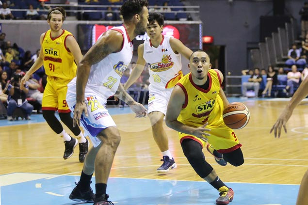 Paul Lee doesn't find much joy from seeing Star deal former team RoS a terrible beating