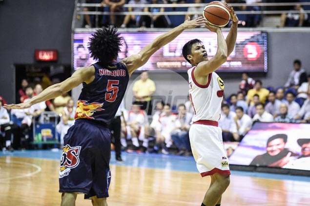 It's Star vs San Miguel in semifinals after Hotshots complete sweep of Rain or Shine