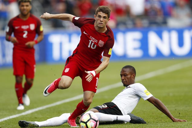 Christian Pulisic, 19, makes history as youngest to be named US men's soccer player of the year