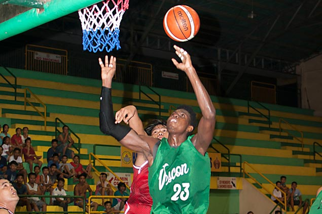 Vescon Construction holds off LM Paragsa to stay unbeaten in Cebu Mayor's Cup