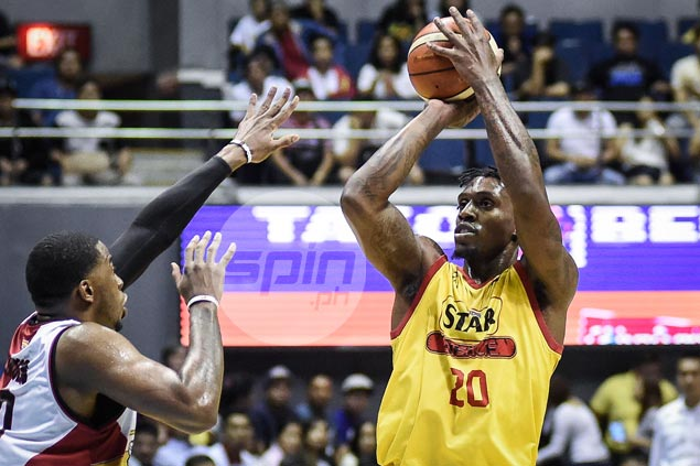 Ratliffe tips hat to Reavis, Sangalang, Ramos for helping contain SMB 'twin towers'