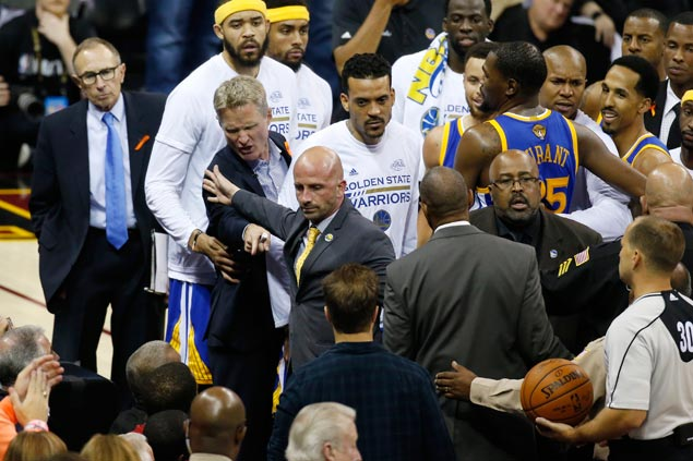 NBA referees explain how technical foul on Kerr was mistakenly credited to Green