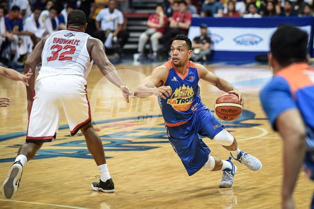 For delivering import-like numbers, Jayson Castro earns PBA Player of Week honor
