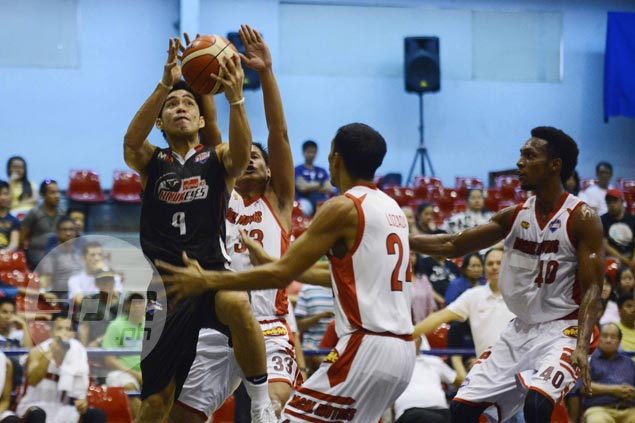Cignal overcomes third-quarter slip to deal Racal first loss in Foundation Cup