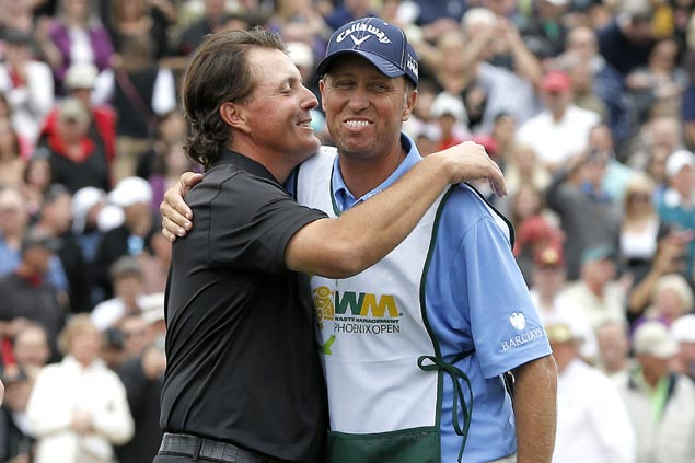 Phil Mickelson, longtime caddie Jim 'Bones' Mackay mutually end 25-year partnership