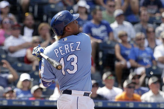 Sal Perez hits grand slam with Miguel Cabrera's bat to lift Royals over Red Sox