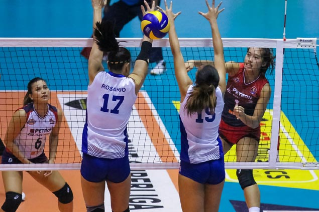 Petron pulls shocker in five sets to deal Foton first loss in Super Liga All Filipino