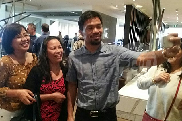 Manny Pacquiao gets warm welcome from Aussies ahead of title showdown with Brisbane's Jeff Horn