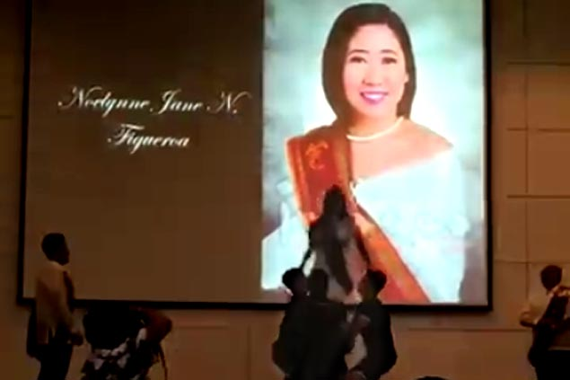 Fitting farewell as UP cheerleader Figueroa does final stunt at graduation rites. WATCH
