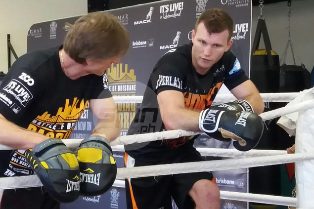 Jeff Horn still nine pounds over limit six days before fight, but handlers not worried