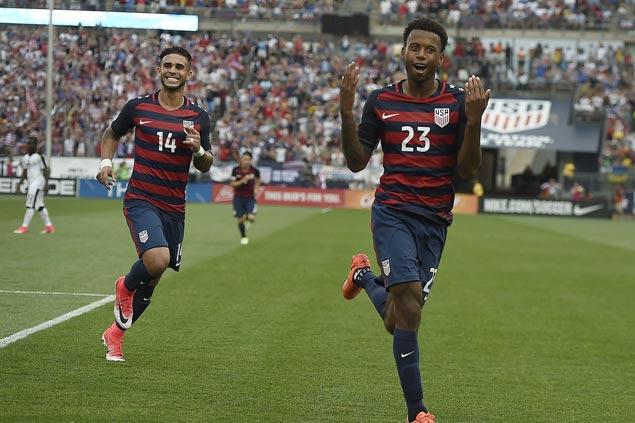 Dom Dwyer scores in international debut as US beats Ghana