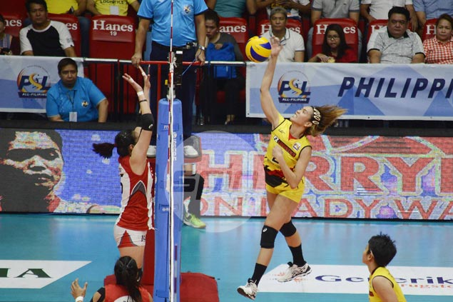 F2 on track for back-to-back as it gains All Filipino finals with rout of Cignal