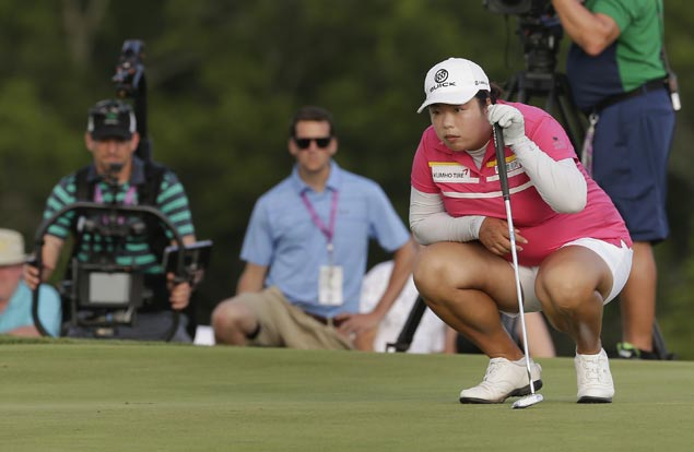 Shanshan Feng one stroke ahead of teen Hye-Jin Choi and perennial US Open bridesmaid Amy Yang
