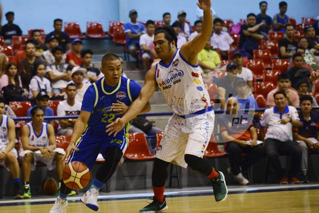 Thunder overcome flat start to defeat Titans, keep record unblemished and book first spot in semis