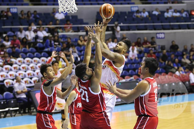 Eugene Phelps, RJ Jazul fuel Phoenix's wire-to-wire win over Kia in Governors Cup opener