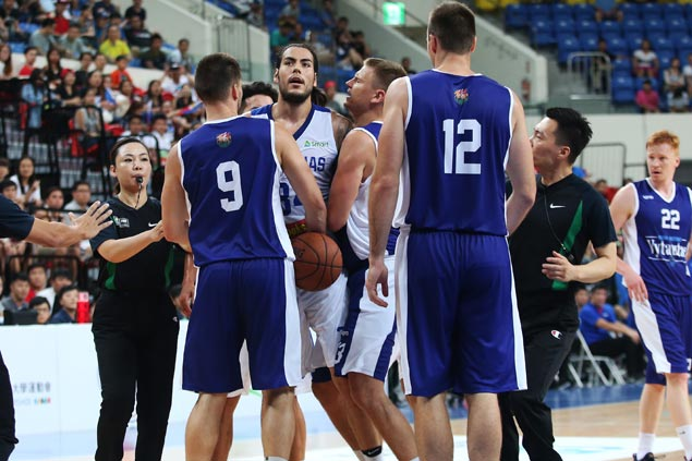 Christian Standhardinger says Iraq incident will only make relationship with Chot Reyes stronger