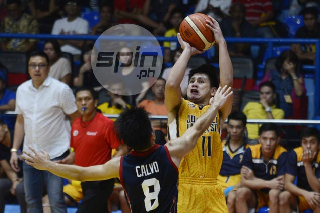 Jed Mendoza comes up clutch as JRU holds off Letran to snap skid in Season 93