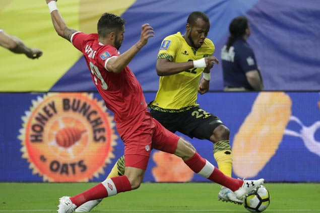 Jamaica holds off late charge from Canada to advance to Gold Cup semifinals