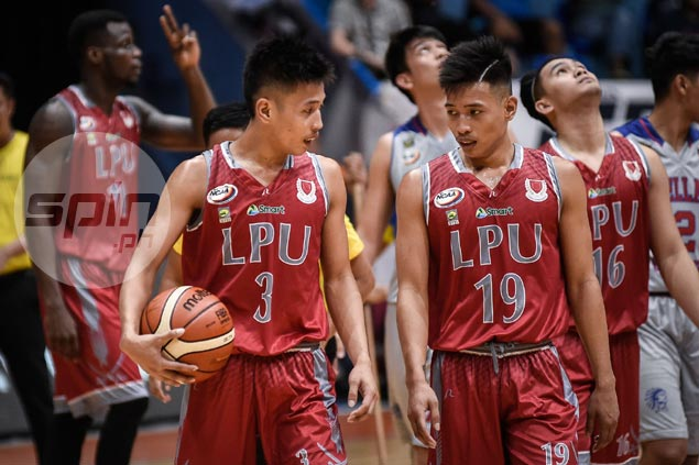 Marcelino twins draw confidence, motivation from playful banter with coach Topex
