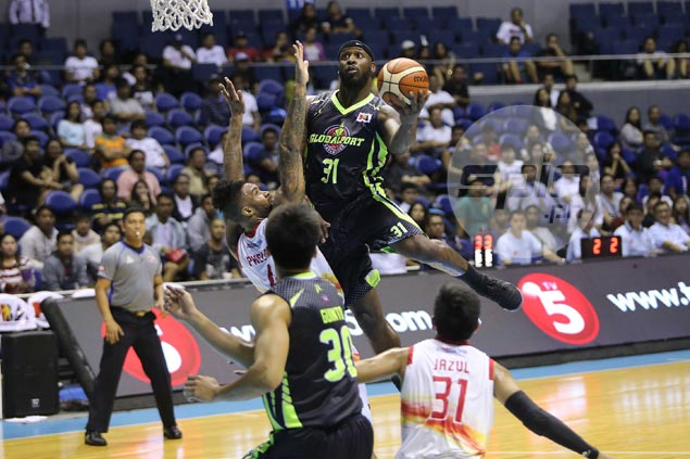 Former NFL player Murphy Holloway has no problem whatsoever with physicality in PBA