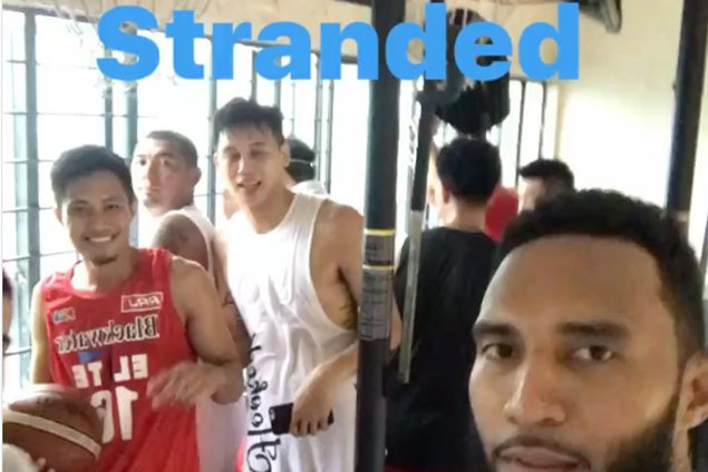 Blackwater players, coaches stranded in gym after practice due to rising flood