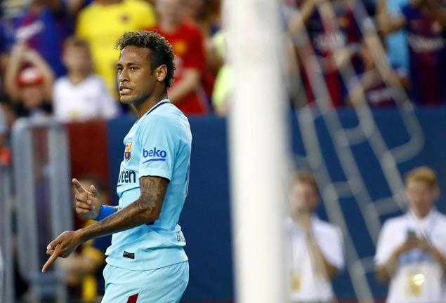 Barcelona freezes $30.7 million Neymar bonus as speculations on PSG transfer persist