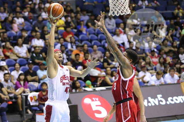 Mark Caguioa flashes vintage form as Ginebra beats KIA by a mile