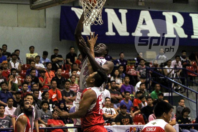 CEU Scorpions squeak past Batangas to arrange semifinal showdown with top seed Flying V