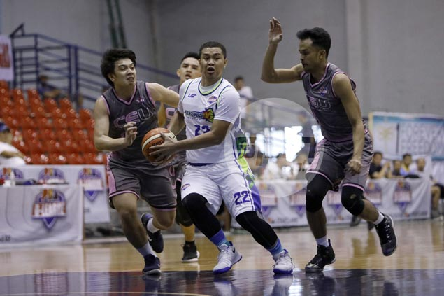 Eric Salamat reaffirms commitment to D-League side Flying V even as PBA team expresses interest