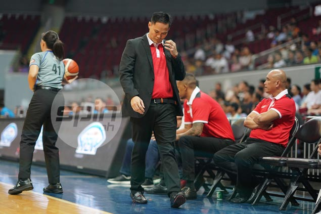 Coach Gavina tries his best to stay positive as winless KIA 'hit rock bottom'