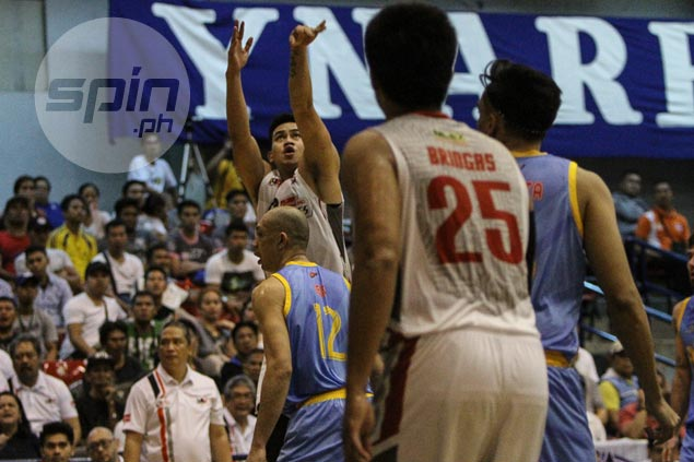Raymar Jose powers Cignal past Marinerong Pilipino and into Foundation Cup finals