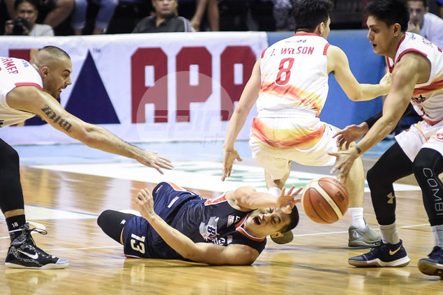 Durham comes up big as shorthanded Meralco spoils Phoenix debuts of Chan, Brown