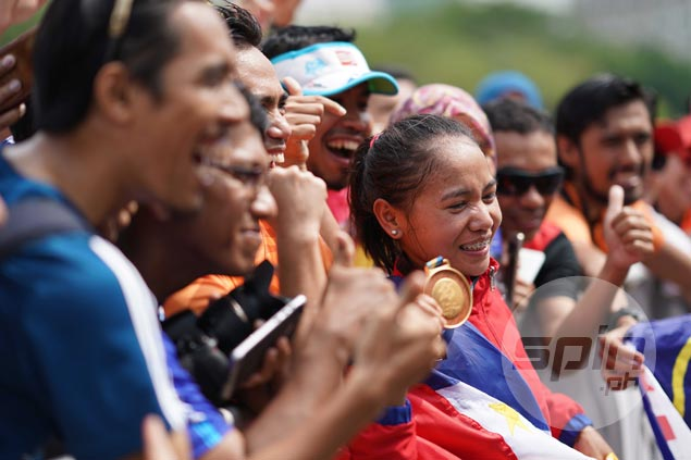Marathon champ Mary Joy Tabal gets to cheer on teammates as KL stay extended by Patafa
