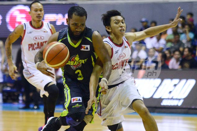 Pringle runs show in Romeo's absence as GlobalPort deals KIA seventh straight loss