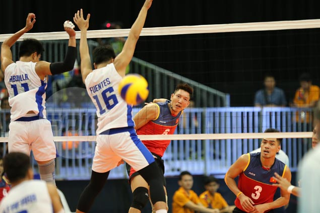 Vietnam makes short work of Philippines in opener of SEA Games men's volleyball pool play