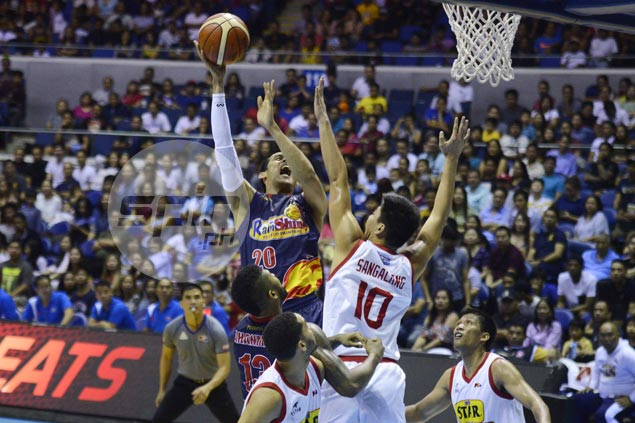 Rain or Shine gains boost from Gilas standouts, sends Star crashing back to earth