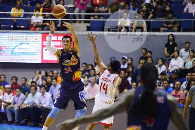 Dehydrated Raymond Almazan taken to hospital after remarkable return for ROS