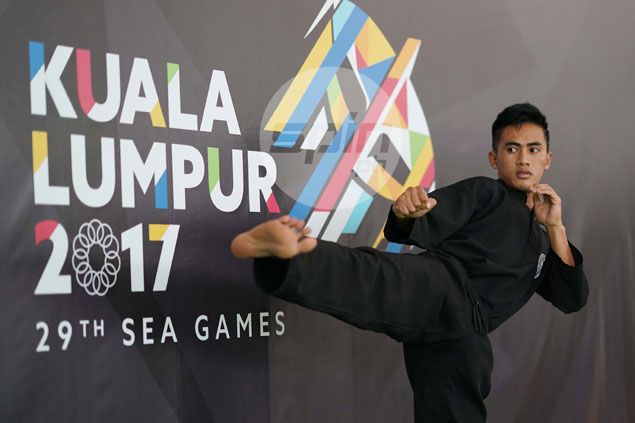 Dines Dumaan defeats Indon rival to bag pencak silat gold in SEA Games