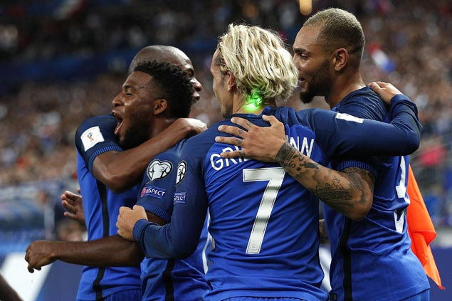 France bounces back strong with romp to put Netherlands in danger of missing World Cup