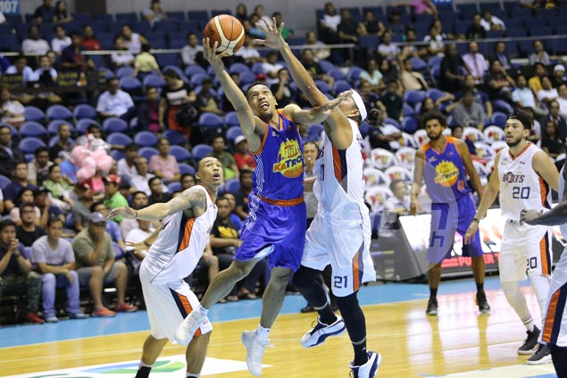 Jayson Castro, Glen Rice Jr. conspire as TNT KaTropa get back on track with win over Meralco