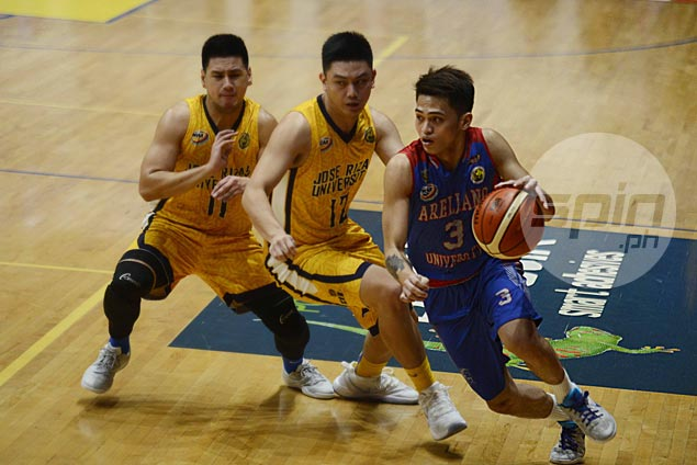 Arellano Chiefs survive another thriller against JRU Bombers, wins it in double overtime