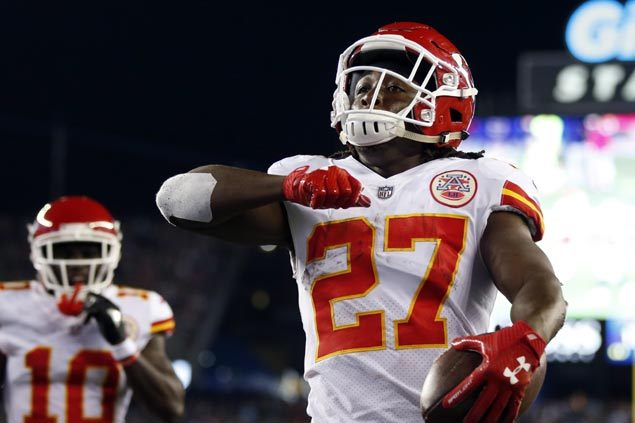 Chiefs rally late to nab rare win in New England vs reigning champ Patriots in NFL season opener