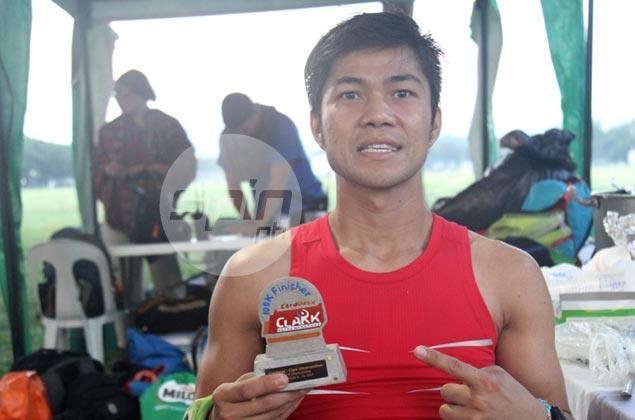Wilnar Iglesia loses way but recovers to win Clark Ultramarathon