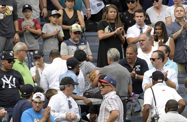 Young girl hospitalized after getting hit by 170 kph foul ball at Yankee Stadium