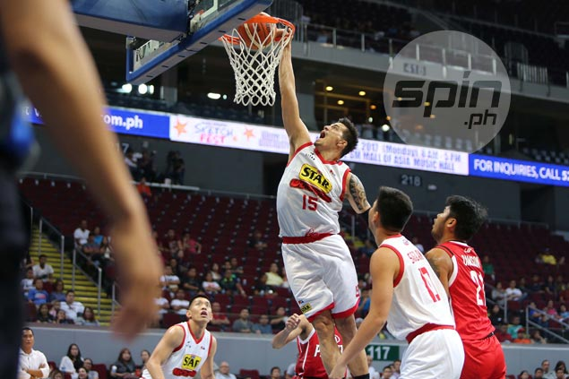 Star dismantles hapless Kia to stay in race for Top Four as Marc Pingris joins 5K-point club