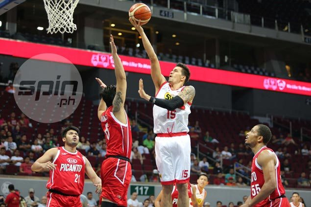 Defensive lynchpin Marc Pingris gets spotlight on offense as newest member of 5K-point club
